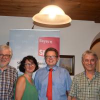 Stellten unter dem MoHelmut Fürle (stv. Landrat), Susanne Aigner (stv. SPD-Kreisvorsitzende), Roman Niederberger (SPD-Kreisvorsitzender, Landratskandidat), Hans Metzenleitner (Sprecher SPD-Kreistagsfraktion)